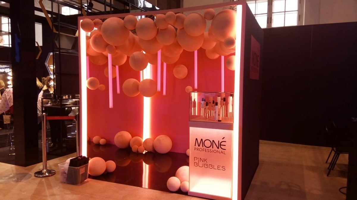 Стенд Mone Professional на MBRFW, ЦВЗ Манеж